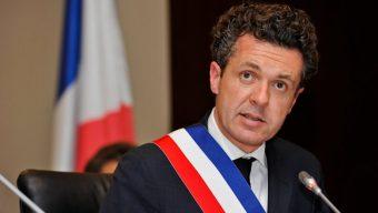 Christophe Béchu retire son soutien à François Fillon
