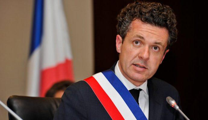 Élections législatives : Christophe Béchu apporte son soutien aux candidats de droite