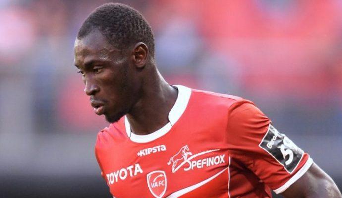 Saliou Ciss rejoint Angers SCO