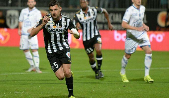 Football : Angers SCO ramène un bon point de Saint-Etienne