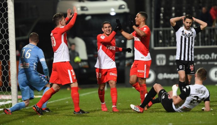 Football : Angers SCO chute lourdement contre Monaco