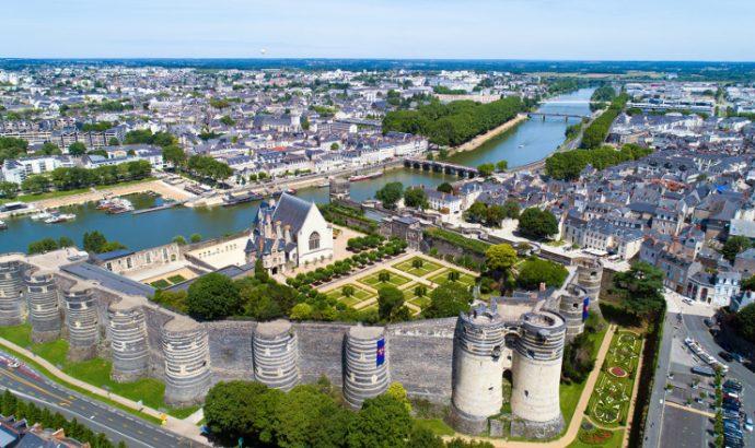 Les remparts et les tours du front nord du château d'Angers vont être rénovés