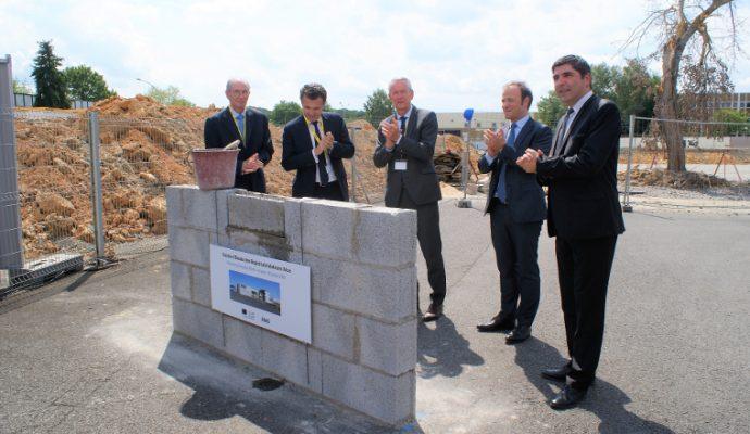 Atos pose la première pierre de son Centre mondial d'Essais des Supercalculateurs à Angers