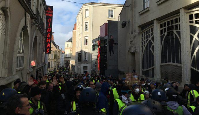 Les gilets jaunes de l'ouest de la France pourraient organiser un «acte X» ce samedi à Angers