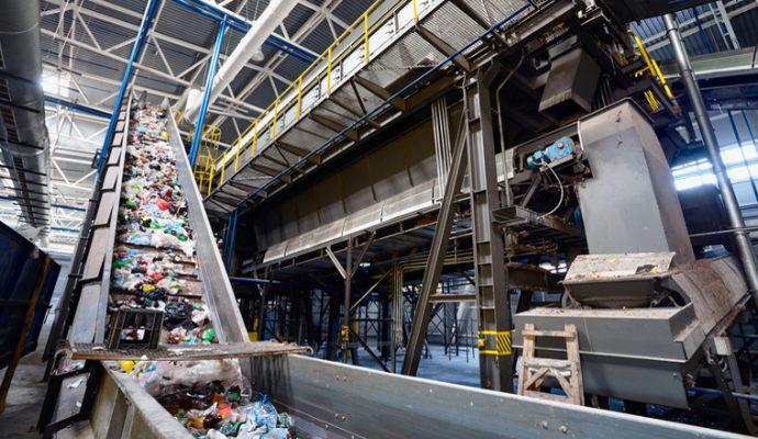 Un centre de tri des déchets ménagers recyclables à la place de Biopôle
