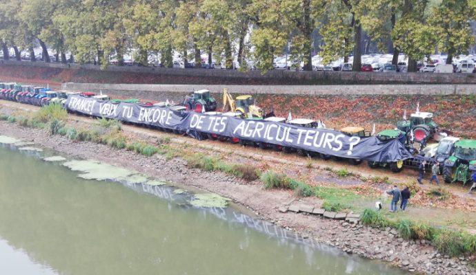 Plusieurs centaines d'agriculteurs mobilisés à Angers