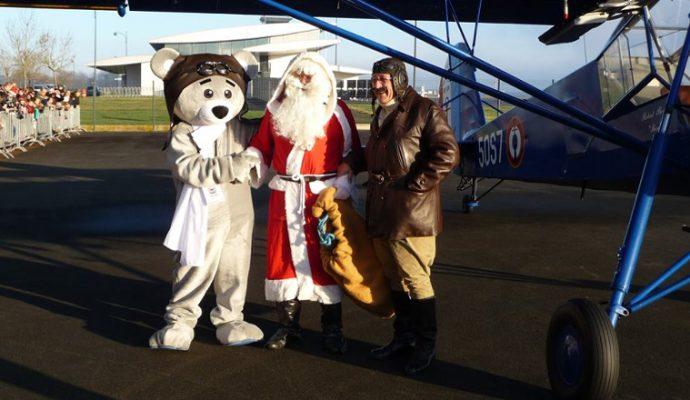 Le Père Noël fera escale à l'Espace Air Passion d'Angers-Marcé le 15 décembre