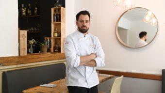 Nicolas Adamopulos, chef au restaurant Sens, a reçu le prix «Jeune Talent 2020» de la part du guide Gault & Millau