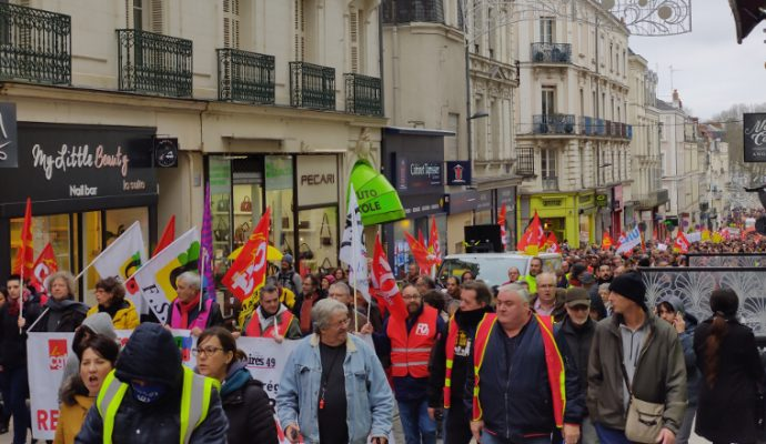 Réforme des retraites : 4 300 manifestants et quelques tensions à Angers