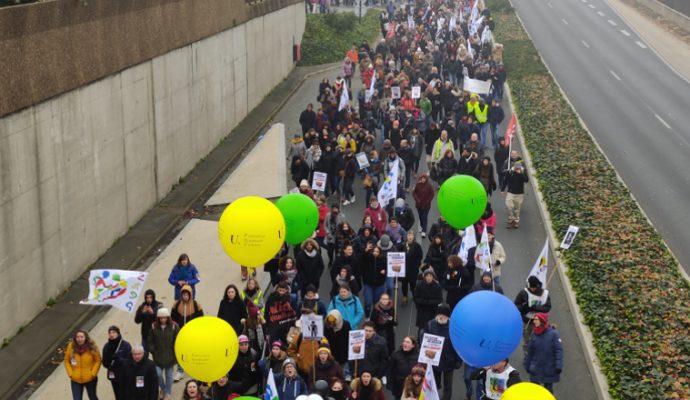 Le préfet interdit les manifestations et rassemblements sur les voies sur berges