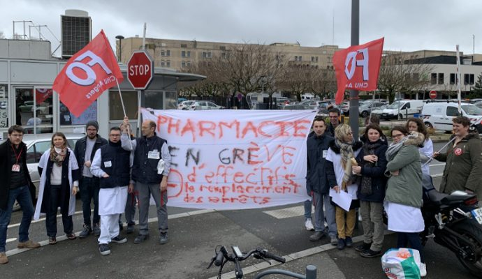 Le service de pharmacie du CHU d'Angers entre à son tour en grève