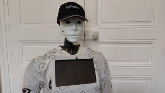 Confinement : un étudiant angevin utilise son robot pour faire ses courses