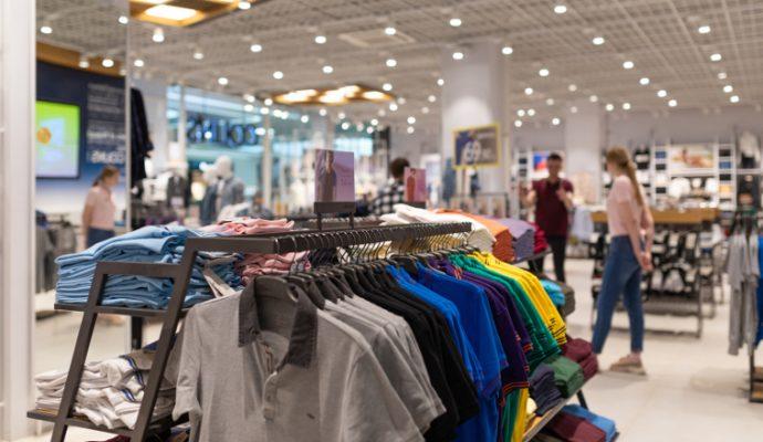 Commerce : l'ouverture de trois dimanches en juillet est « une mauvaise solution à un vrai problème » pour la CFDT