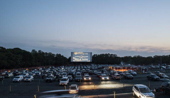 Un drive-in à l'hippodrome d'Angers fin août
