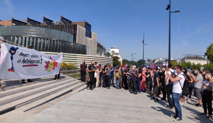 Entre 150 et 200 manifestants contre le squat de l'Alvarium