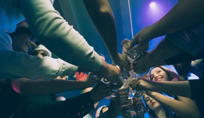 Coronavirus : le préfet interdit les soirées étudiantes et la fête des voisins
