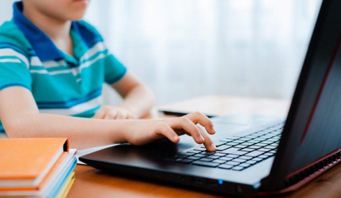 Plus de 4 millions d'euros pour renouveler les outils numériques dans les collèges publics du Maine-et-Loire