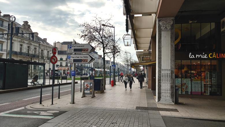 Boulevard Foch piétons
