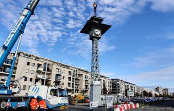 L'horloge des anciens abattoirs déplacée à l'entrée du parc Balzac