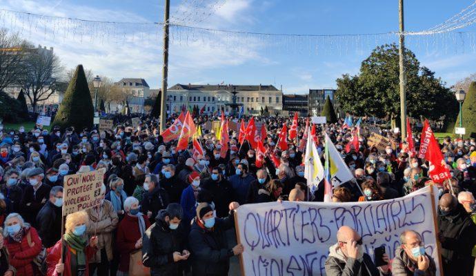 Plusieurs milliers de manifestants réunis à Angers contre la loi « sécurité globale »