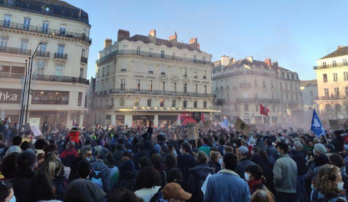 Manifestations : Christophe Béchu appelle les organisateurs et participants « à la responsabilité »