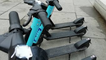 Une centaine de trottinettes Pony Bikes mises hors service par Youth For Climate
