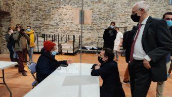 Covid-19 : le centre de vaccination d'Angers a délivré ses premières doses de vaccin