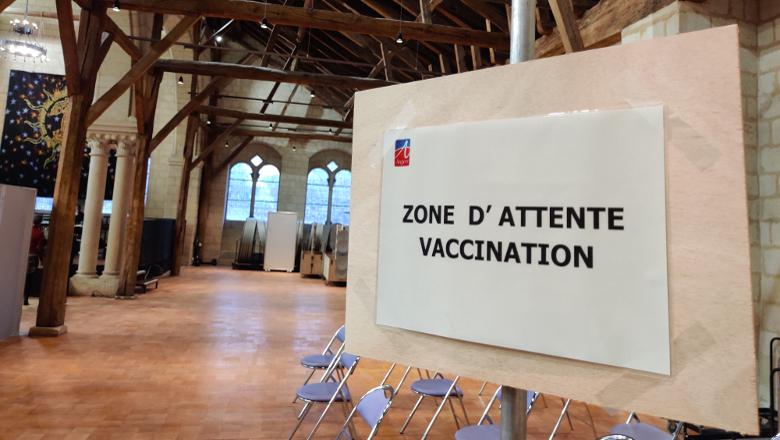 centre de vaccination panneau