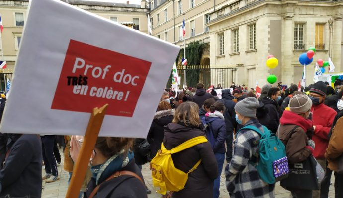 500 enseignants et personnels de l'Éducation nationale ont manifesté à Angers