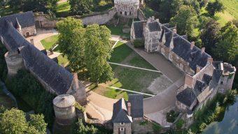 Dix compagnies de théâtre accueillies en résidence au château du Plessis-Macé