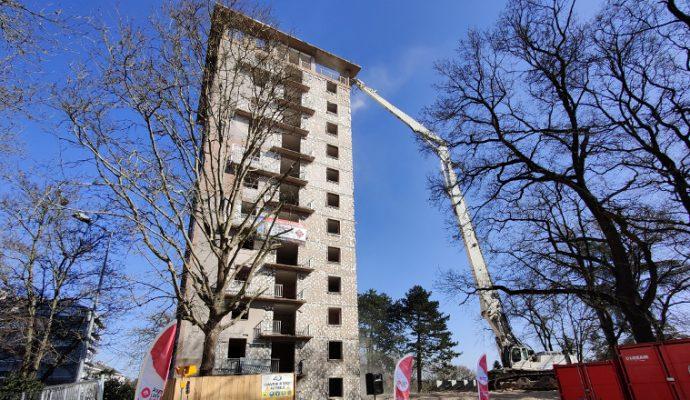 A Belle-Beille, la démolition de la tour Boisramé marque une nouvelle étape de la rénovation urbaine