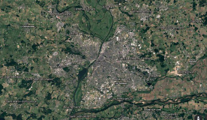 Google Earth permet de voir l'évolution de la ville d'Angers depuis 1984