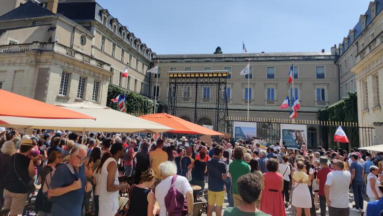 Manifestation pass sanitaire préfecture