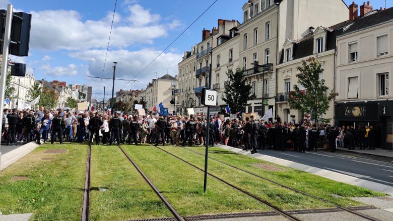 manifestants boulevard Carnot