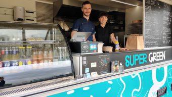 Chaque jour, un nouveau food truck prend ses quartiers parc Saint-Serge